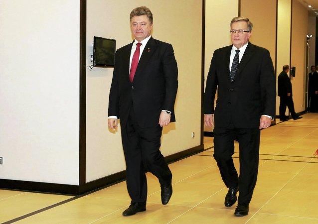 Presidente de Ucrania, Petró Poroshenko y presidente de Polonia, Bronislaw Komorowski