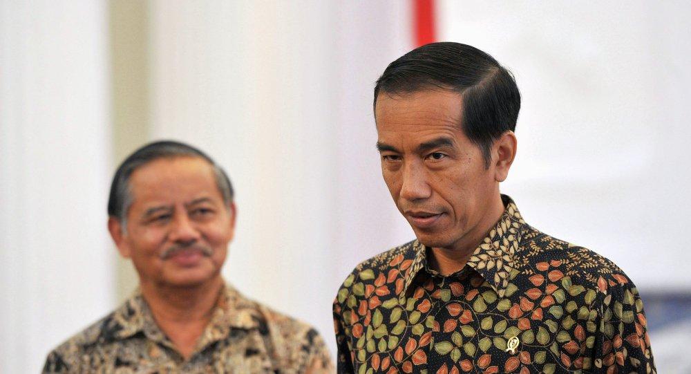 Joko Widodo, presidente de Indonesia (a la derecha)
