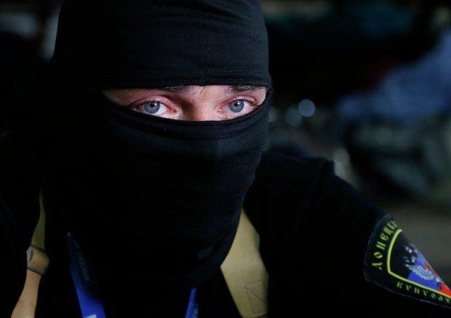 Detenidos ocho españoles por participar en el conflicto en Donbás