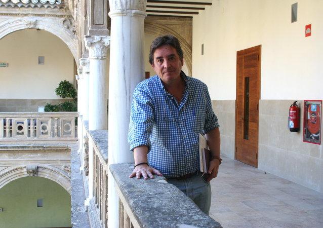 Luis García Montero, poeta, escritor y profesor