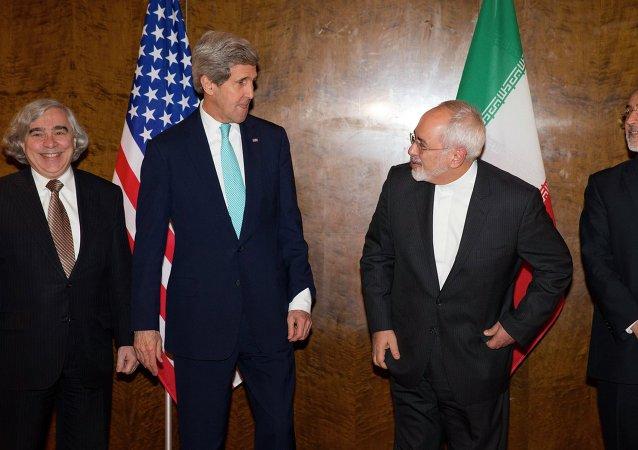 Negociaciones entre John Kerry y Mohammad Javad Zarif sobre programa nuclear de Irán