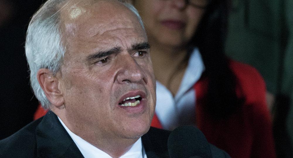 Moreno trabaja en transición Gobierno y Lasso prepara impugnación en Ecuador — COLOMBIA