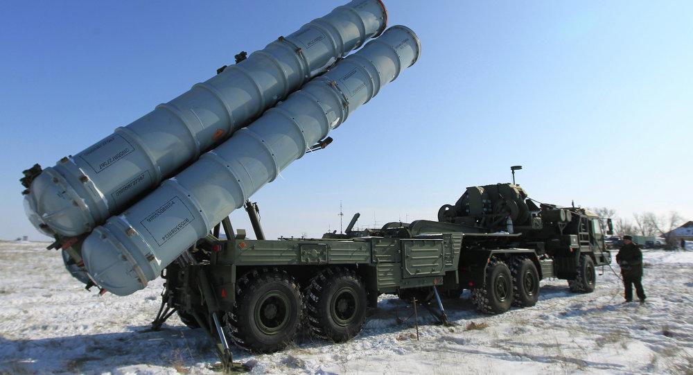 Sistema de misiles ruso S-400 (archivo)