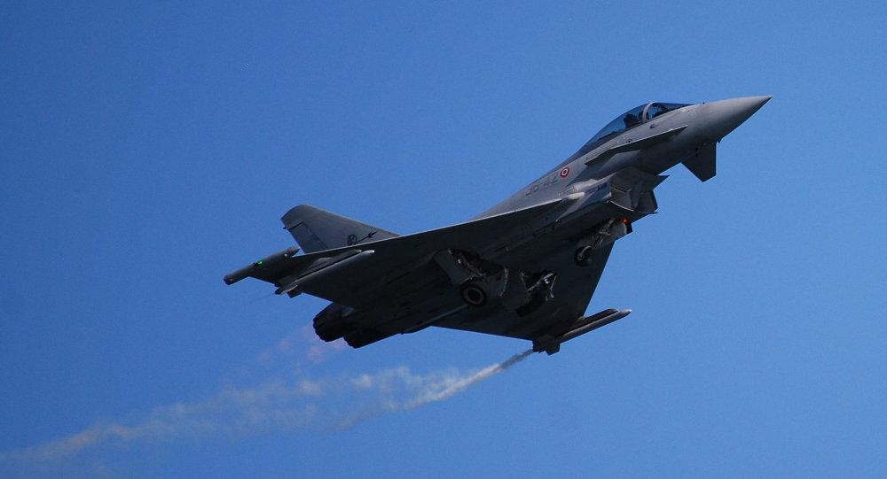 Un caza Eurofighter Typhoon de la Fuerza Aérea de Italia, el avión que podría ser sustituido por el nuevo proyecto de Airbus