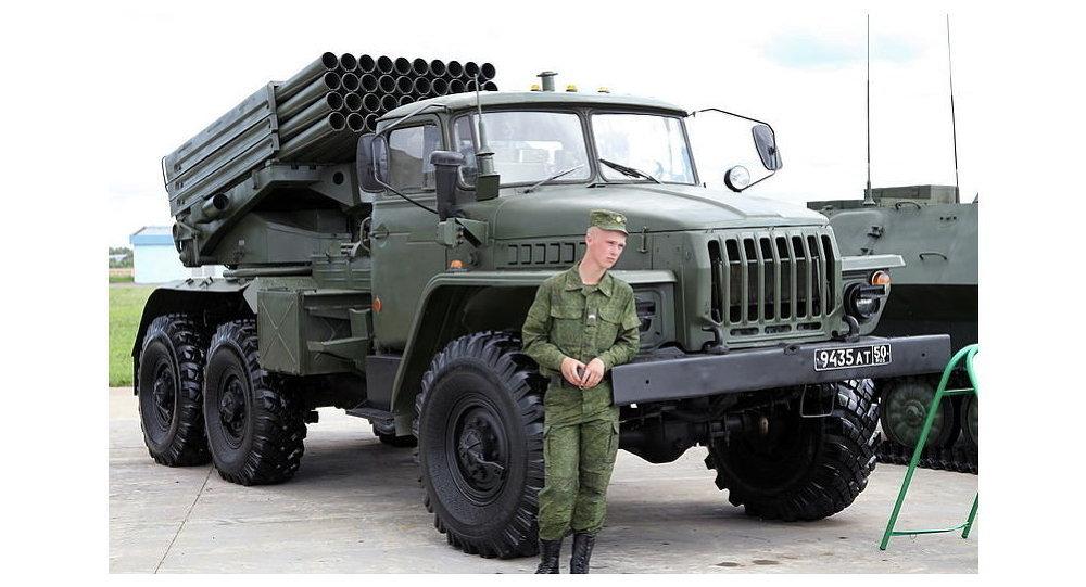 Боевая машина 2Б17-1 из состава опытной партии РСЗО Торнадо-Г на выставке Технологии в машиностроении 2012