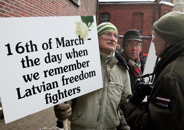 Marcha de los veteranos de las Waffen SS en Riga (archivo)