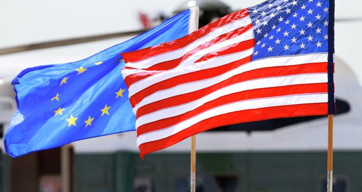 Banderas de la UE y EEUU