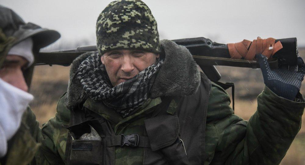 Milicianos de la RPD cerca de Debáltsevo
