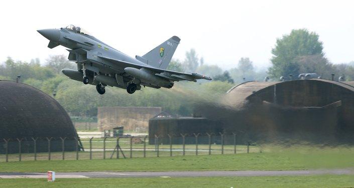 Caza Typhoon de la Real Fuerza Aérea del Reino Unido