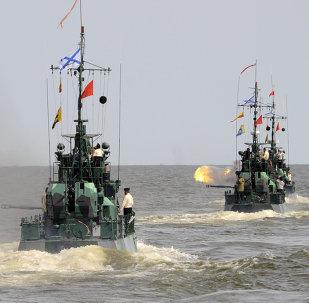 Unos 40 buques de guerra rusos practicarán tiro en el Caspio