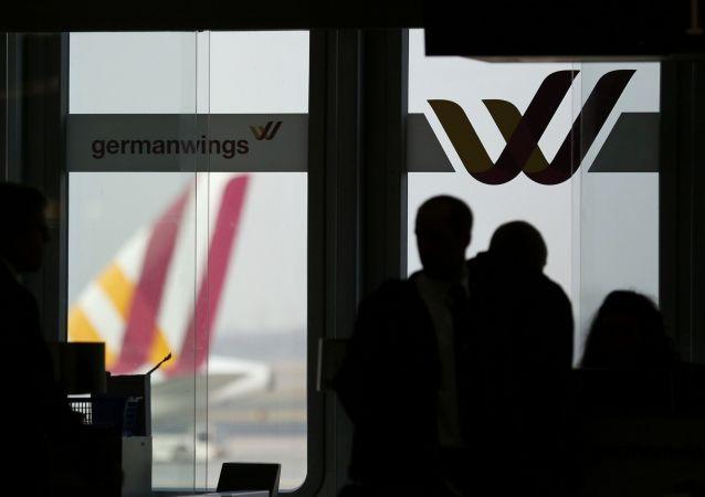 Germanwings cancela vuelos debido a que la tripulación se niega a volar tras el accidente