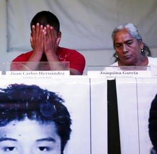 Familiares de los estudiantes desaparecidos de Ayotizinapa