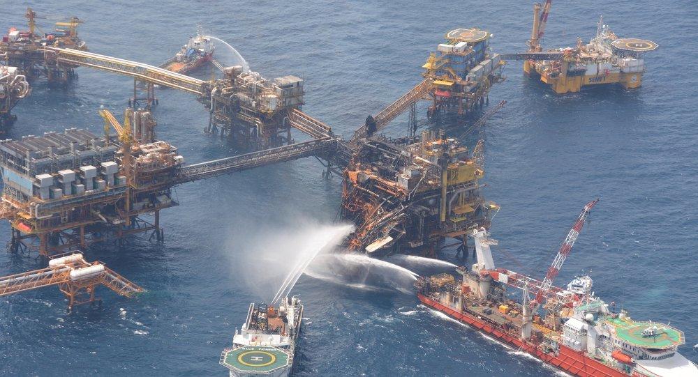 Contratistas causan mayoría de accidentes petroleros, dice un ex director de Pemex