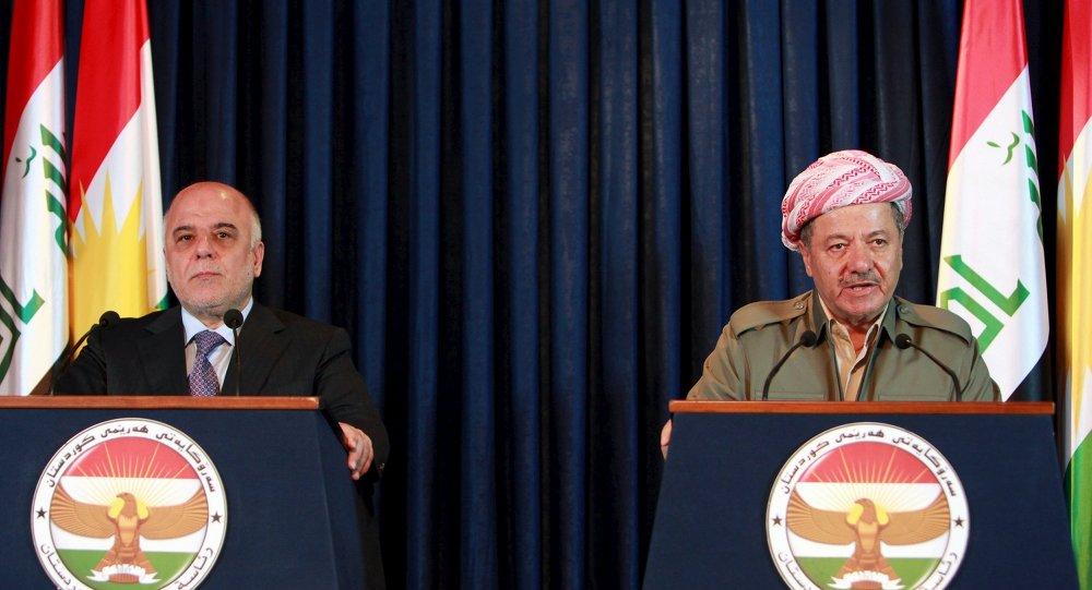 Presidente del Kurdistán iraquí, Masud Barzani, y primer ministro de Irak, Haider al Abadi, durante una rueda de prensa en Erbil