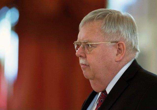 John Tefft, embajador de EEUU en Rusia