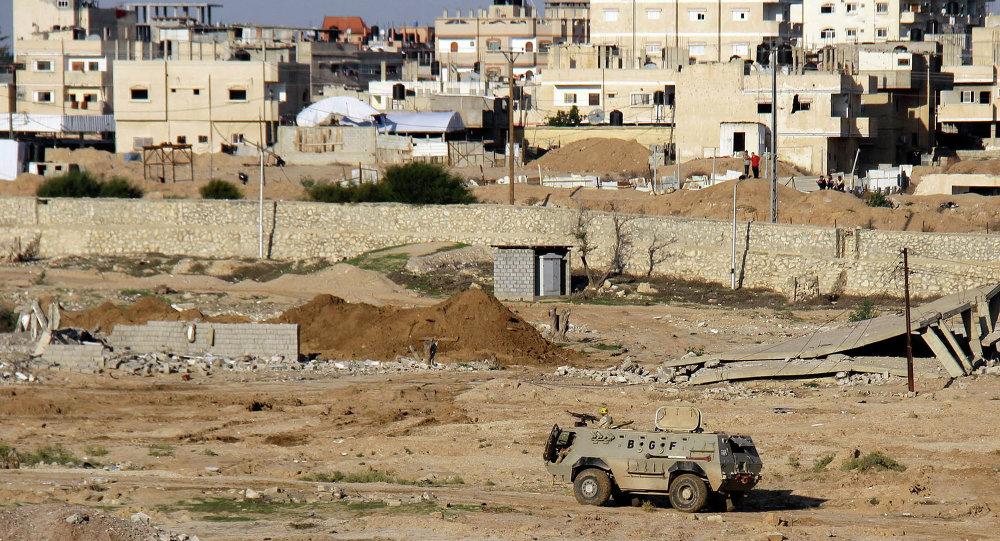 Vehículo blindado del Ejército de Egipto en la península del Sinaí (archivo)