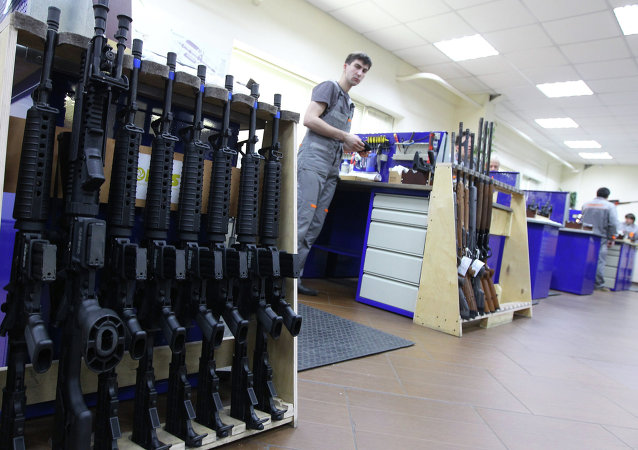 Armeros rusos desarrollan un innovador fusil de plástico