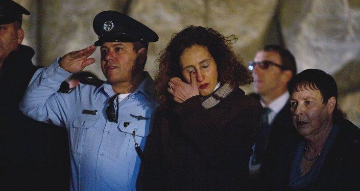 Israel enmudece para recordar el Holocausto