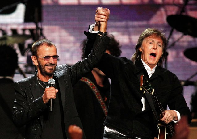 Ringo Starr y Paul McCartney