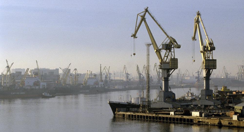 Astilleros del Almirantazgo en San Petersburgo