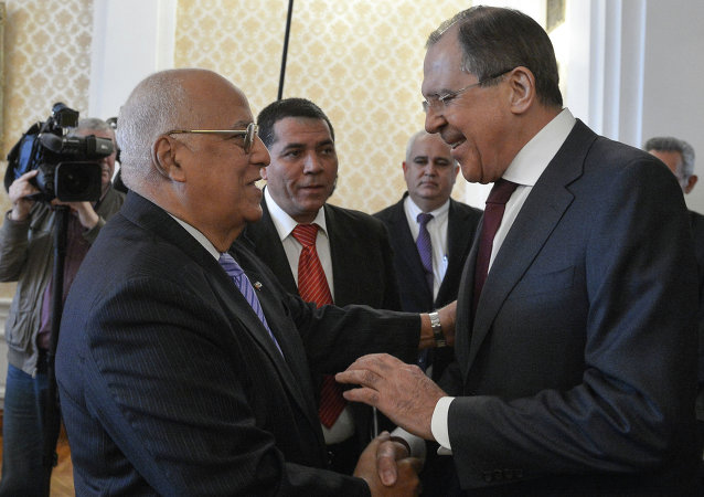 Vicepresidente del Consejo de Ministros de Cuba, Ricardo Cabrisas y ministro de Asuntos Exteriores de Rusia, Serguéi Lavrov