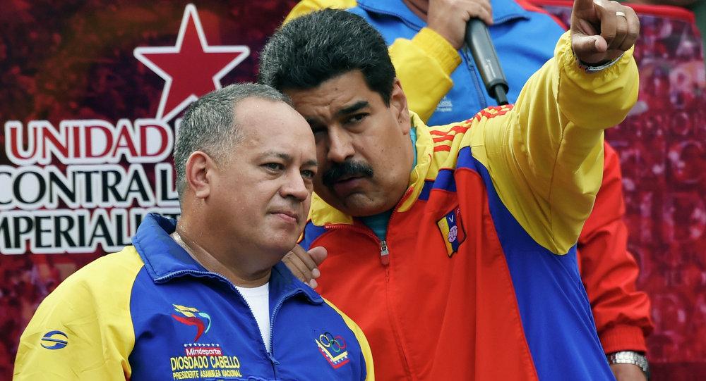 Presidente de la Asamblea Nacional de Venezuela, Diosdado Cabello (izda.) y presidente de Venezuela, Nicolás Maduro