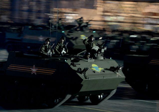 Blindado aerotransportado Rakushka (BTR-MD)