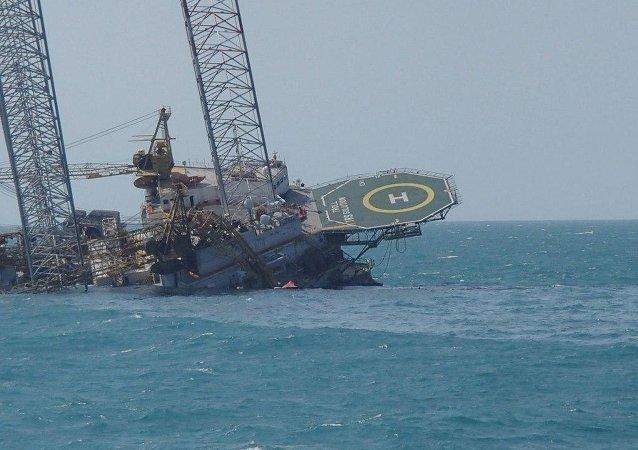 Imagen de plataforma maritma Troll Solution en la sonda de Campeche