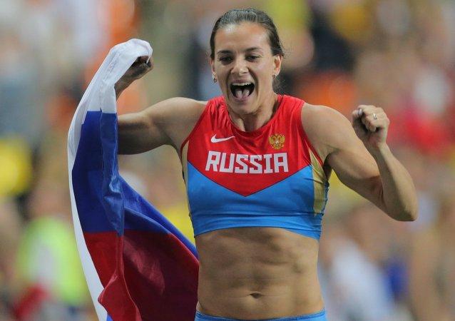 Elena Isinbáyeva logró el oro en el Campeonato del Mundo de Atletismo de Moscú. 13.08.2013