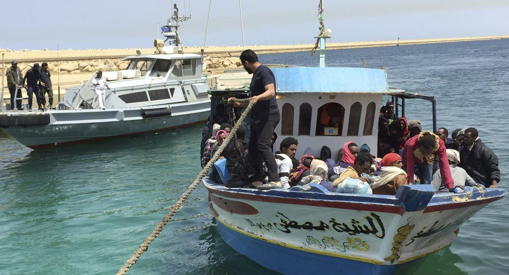 Polémica por código de rescate de inmigrantes en el Mediterráneo — Italia