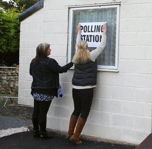 Un colegio electoral en Doncaster, Inglaterra
