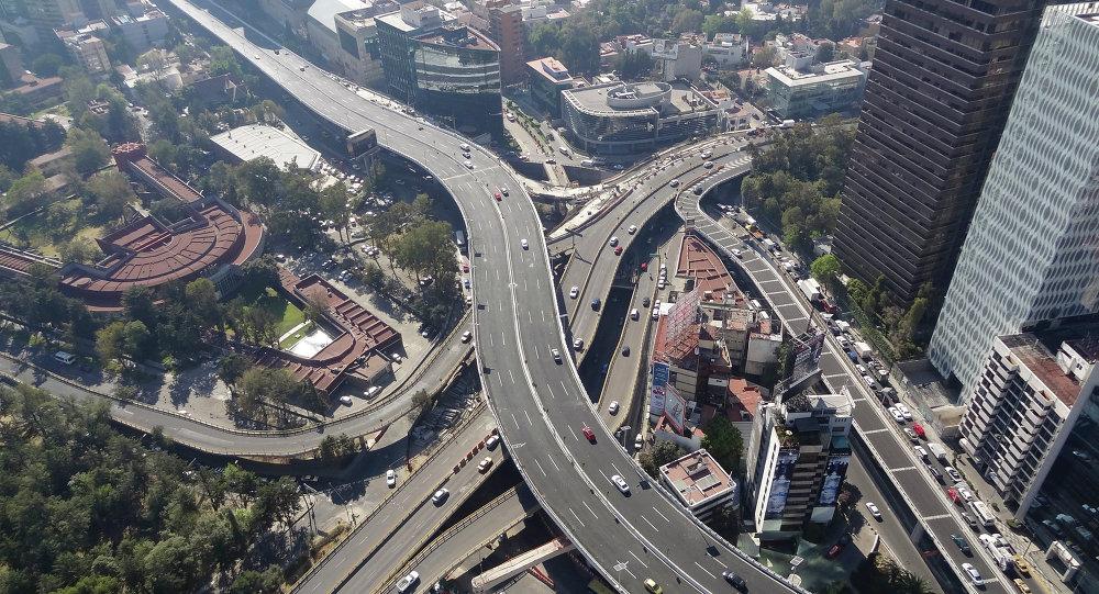 Autopista Urbana Norte. México