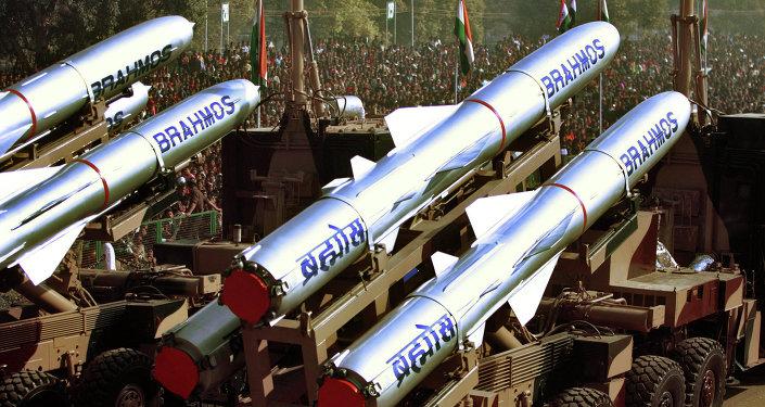 Misiles BrahMos (archivo)