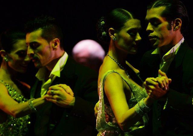 Espectáculo Tango & Noche en el teatro moscovita Mossovet