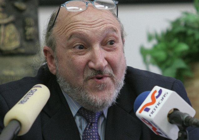 Aram Aharonian, fundador y exdirector de la cadena TeleSUR (archivo)