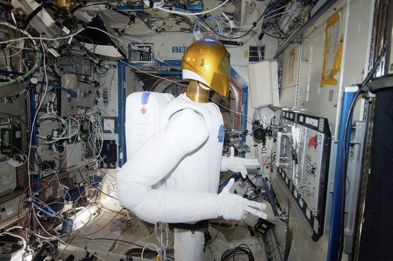 El Robonaut 2 es un robot antropoide desarrollado por la NASA y General Motors