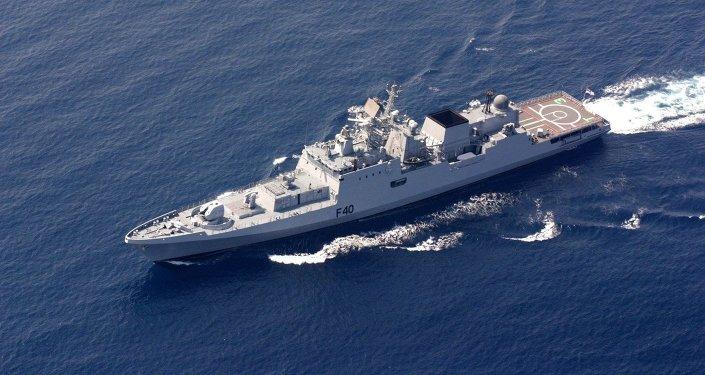 Fragata del proyecto 1135.6 (clase Talwar), construida en Rusia para la Armada de India