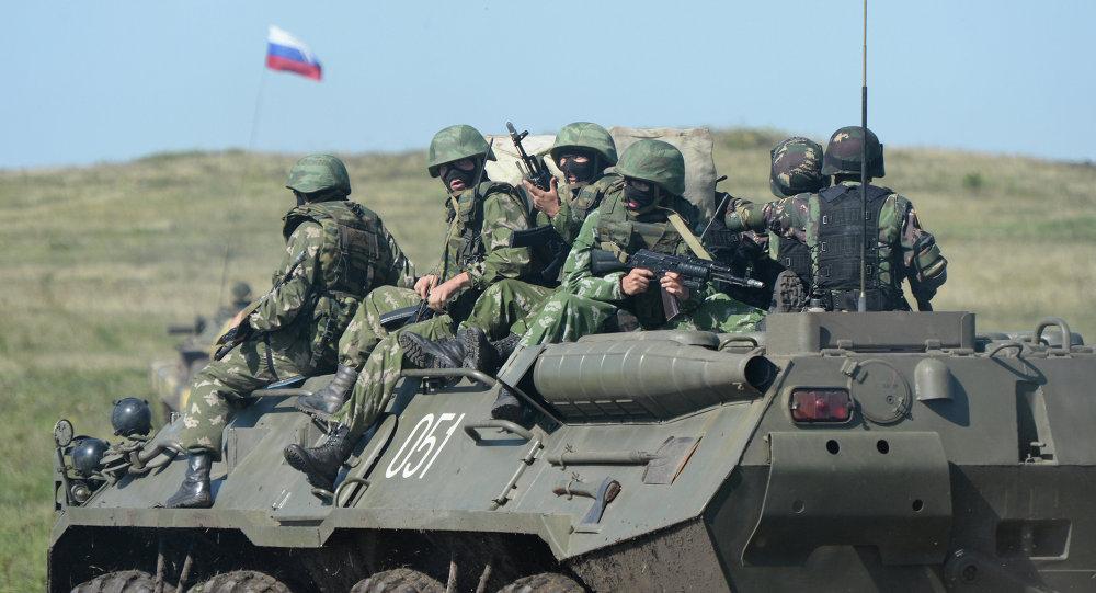 Soldados rusos participan en ejercicios antiterroristas Ruso-Chinos, 2013