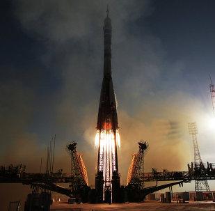Lanzamiento del cohete Soyuz-FG desde el cosmódromo de Baikonur