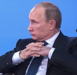 В.Путин принял участие в пленарном заседании Х съезда Российского союза ректоров