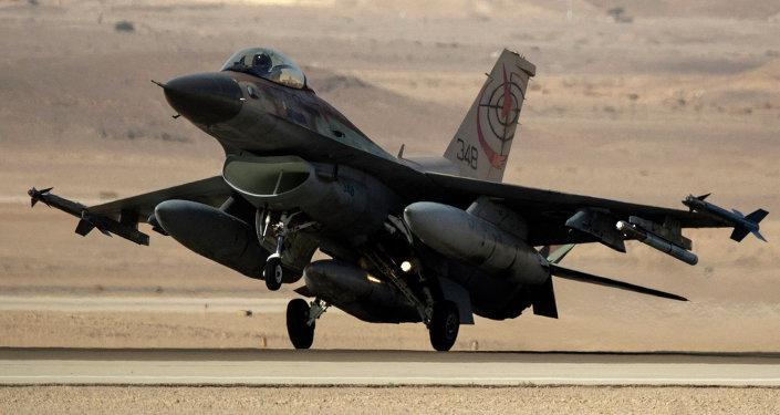 F-16 de las fuerzas aéreas israelíes (archivo)