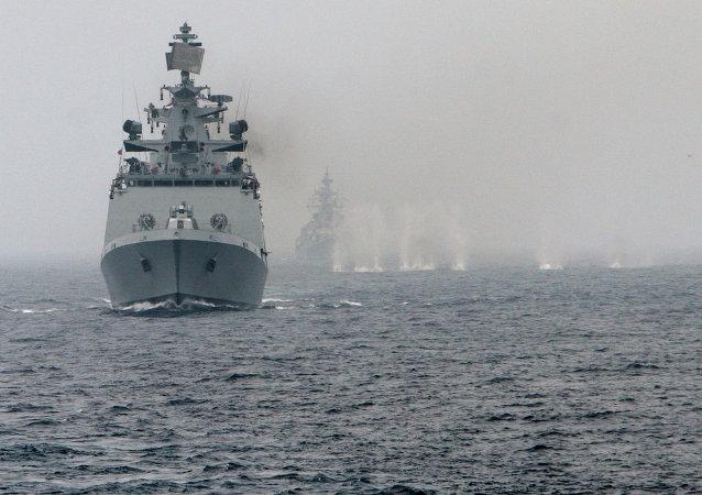 Ejercicios navales (Archivo)