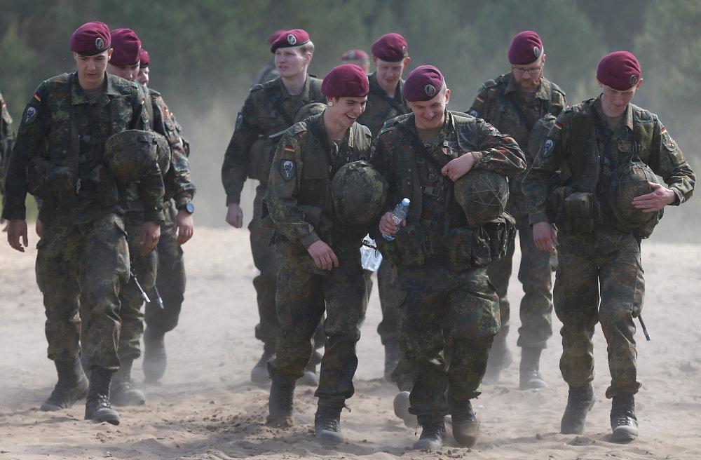 Soldados de la OTAN en los ejercicios Saber Strike 2015