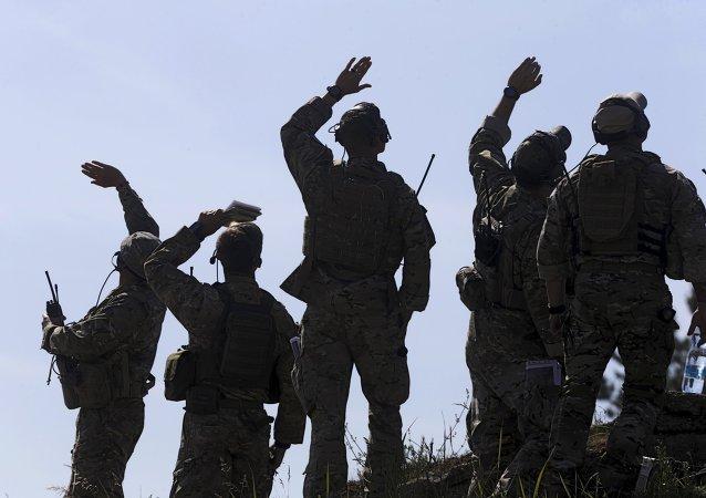 Soldados estadounidenses durante las maniobras de la OTAN