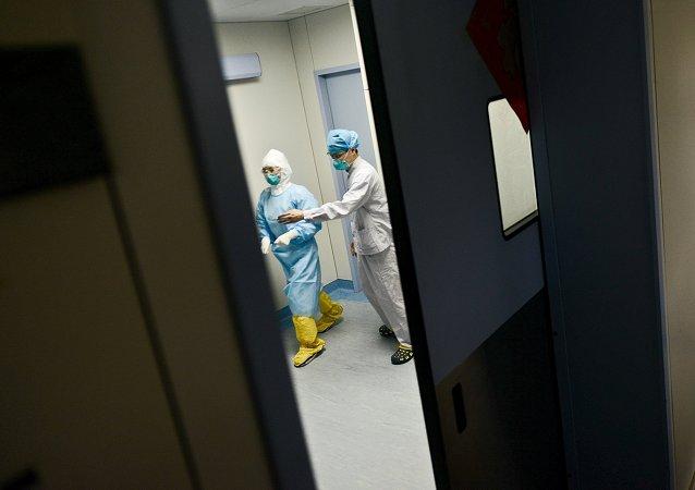Doctores surcoreanos en un hospital