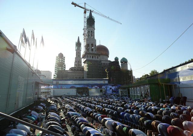 Reconstrucción de la Mezquita Catedral de Moscú