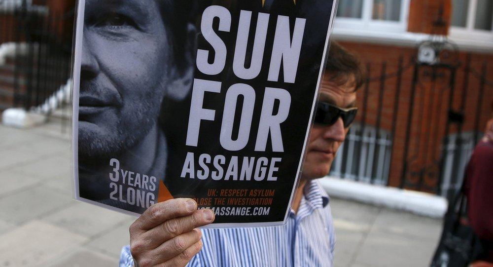 Assange cumple tres años recluido en la embajada ecuatoriana en Londres