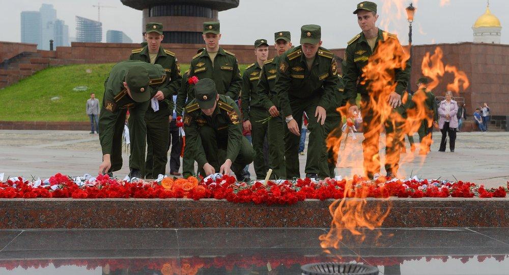 Moscú homenajea a los caídos en la Gran Guerra Patria, el 21 de junio, 2015