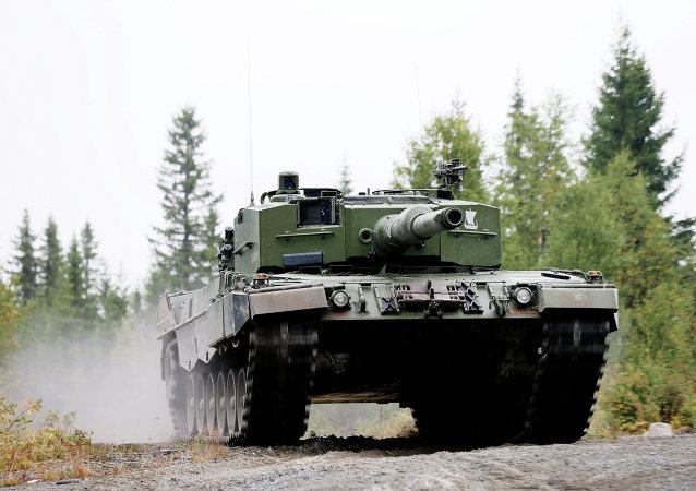 Tanque Leopard 2 A4