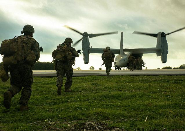 Marines estadounidenses en la base de Rota